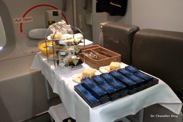 lufthansa-business-chocolates