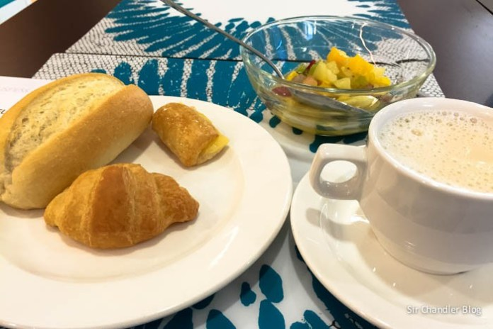 ibis-style-coruna-desayuno-taza