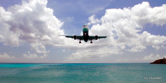 Living in the Age of Airplanes… una belleza