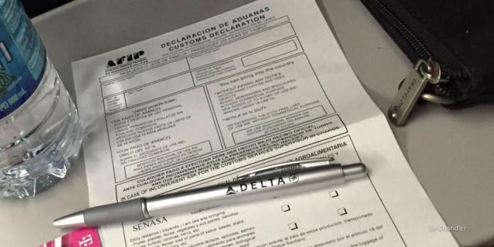 La aduana y sus confusos formularios para las aerolíneas