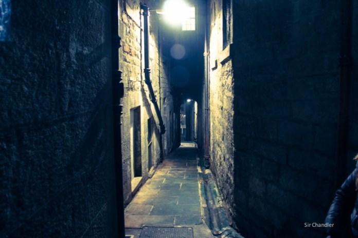 edimburgo-escocia-callejon