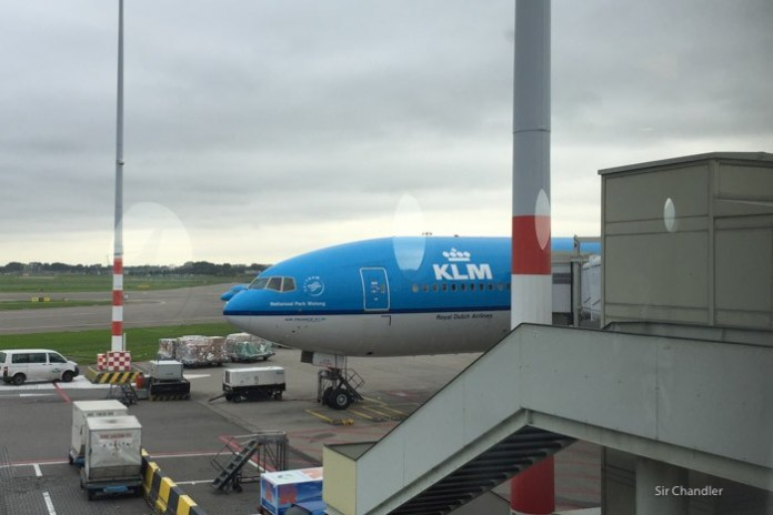 29-klm-777-amsterdam