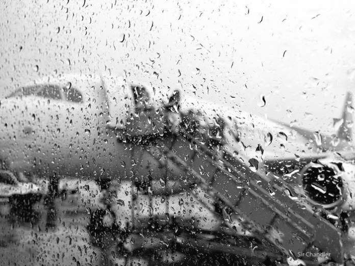 14-lluvia-avion