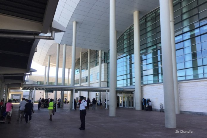 20-aeropuerto-nassau
