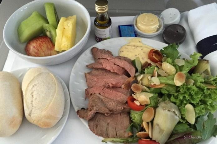 7-comida-premium-economy-lan