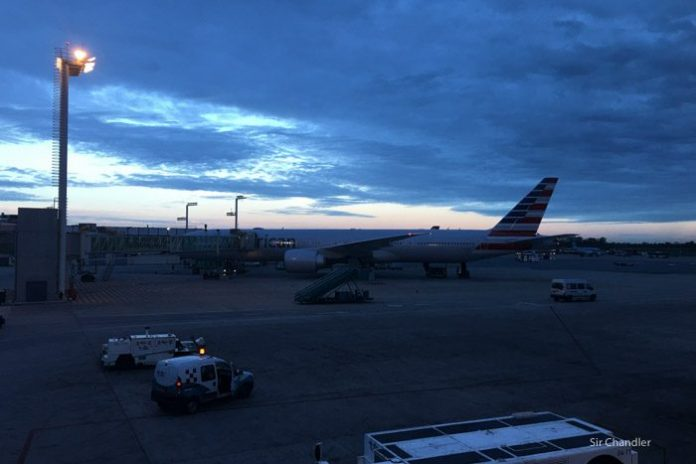 7-american-777-300