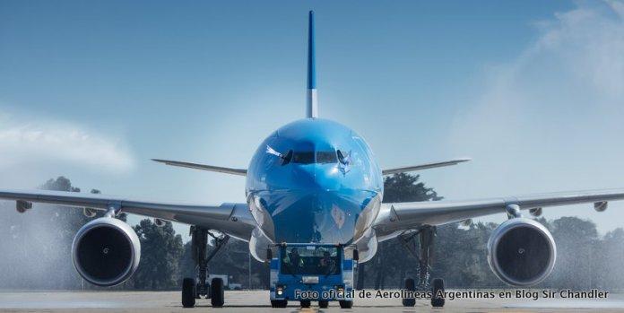 Aerolíneas Argentinas busca otro Airbus 330 y estira el alquiler de dos 340