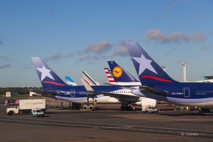 35-colas-ezeiza-aviones