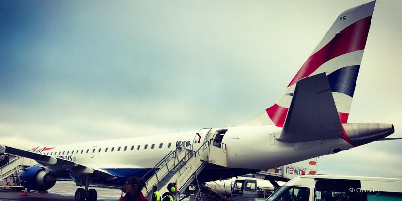 Volando de Zurich a Londres con un Embraer 190 de British