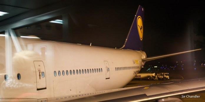 Vuelo de Lufthansa entre Frankfurt y Ezeiza (en la reina obviamente)