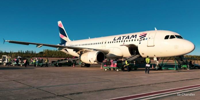 Latam reacomodará la mitad de las cabinas de Airbus 320 en la FADEA