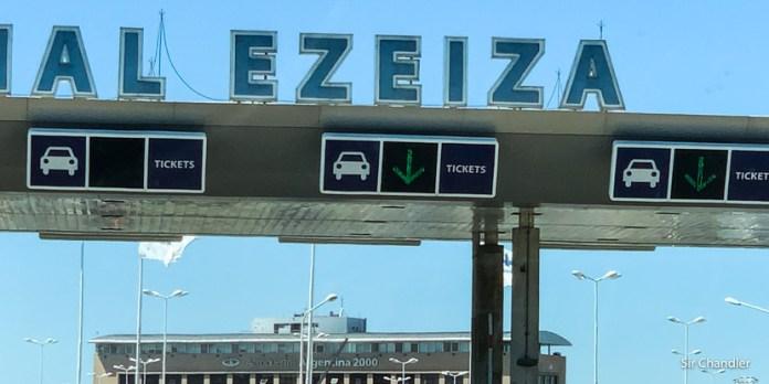 Ezeiza: descuentos en el estacionamiento y en los locales