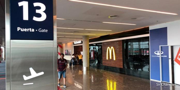 Abrió en la zona de pre embarque de Ezeiza el McDonald's