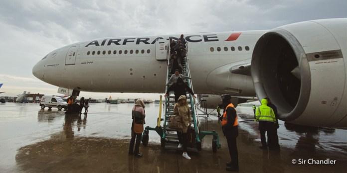 Air France y KLM vienen vacíos pero venden para repatriar «hacia allá»
