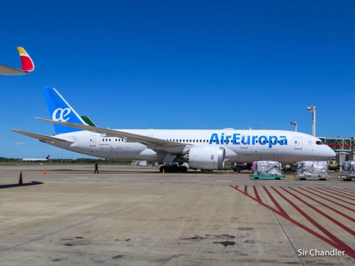 Air Europa aumentará la cantidad de vuelos en diciembre con Madrid