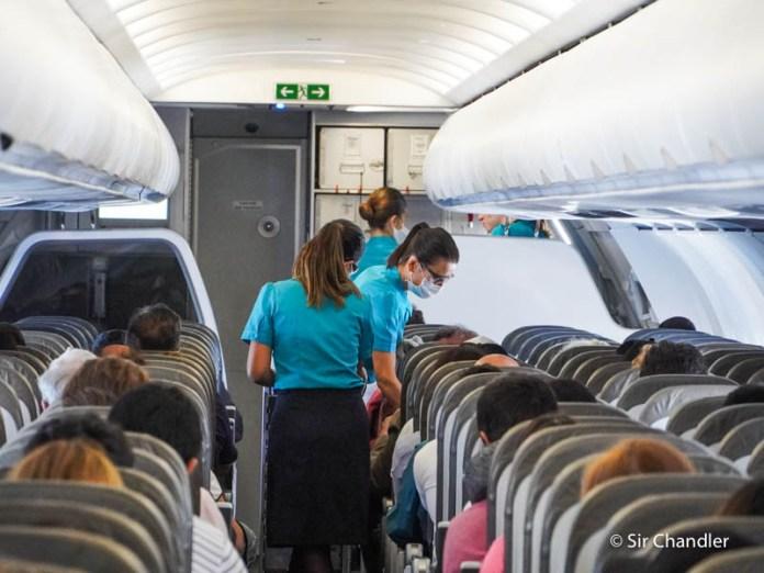 ¿Cuándo vuelve el servicio en los vuelos cortos de cabotaje y regionales?
