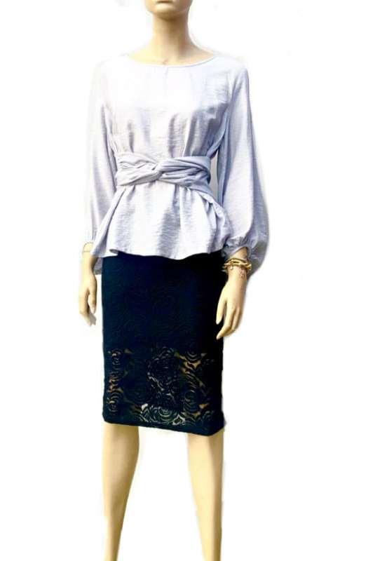 Dentelle: Gorgeous Lace Skirt