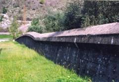 c Muro anticarro. Linea Gotica Borgo a Mozzanoa