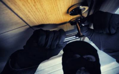 Sistemas de vigilancia para evitar robos en viviendas vacacionales