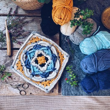 My-Crochet-Journal-SistersInStitch-Therese-Eghult-Crochetedbytess-Crochet-Podcast-Vlog-YouTube-nordic-serenity-square-ruffle-puff-pincushion-wolf-bay-wallflower-happily-hooked-magazine-drops-nepal-Therese-Eghult