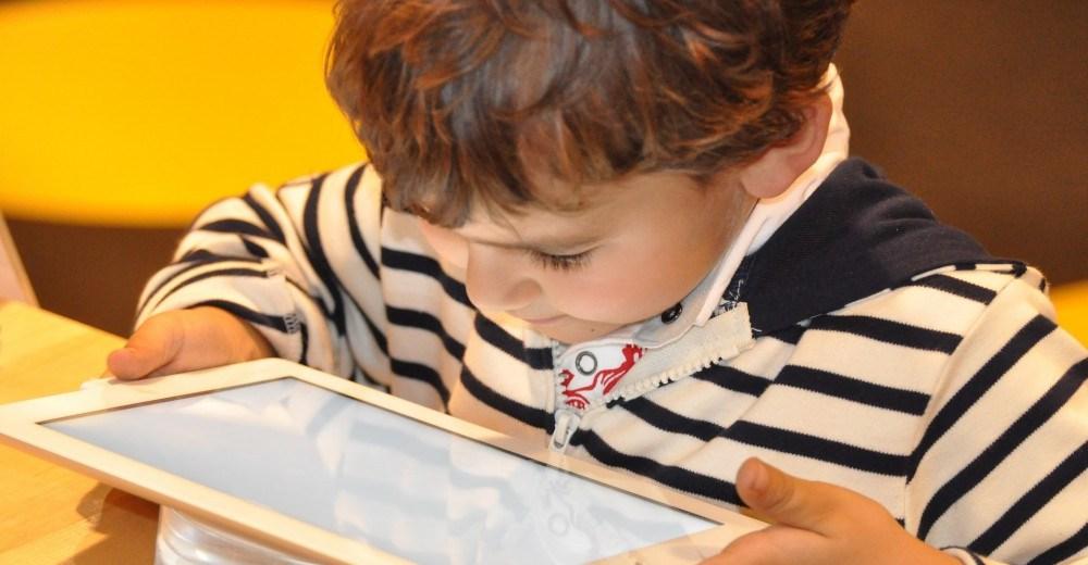 increased_screen_exposure_in_children