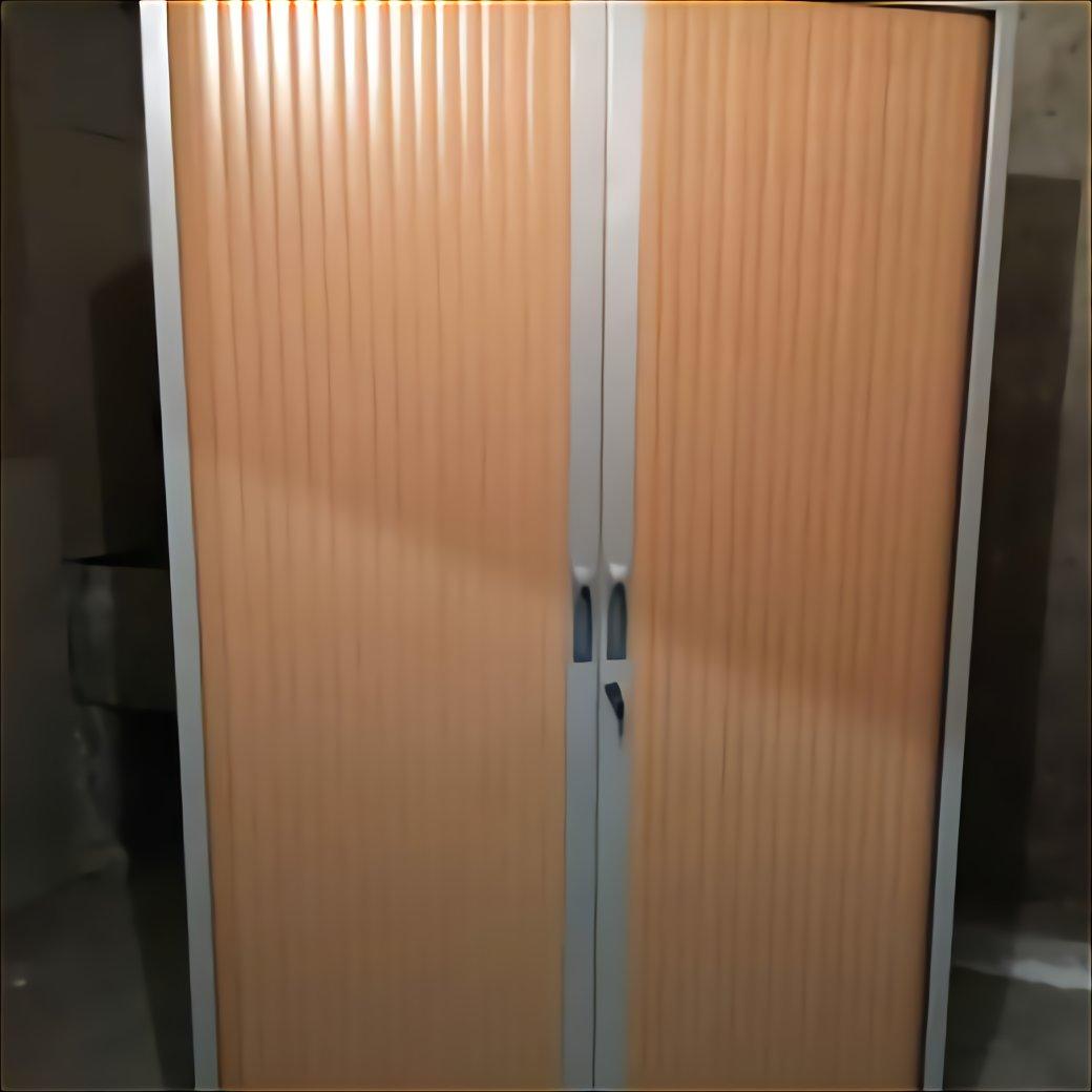 armoire metallique rouge d occasion