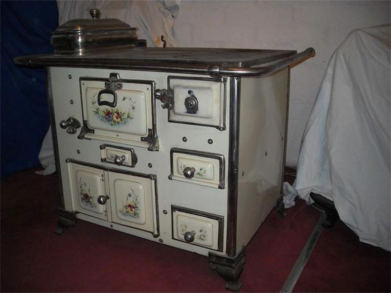 Cuisiniere Ancienne Emaillee D Occasion