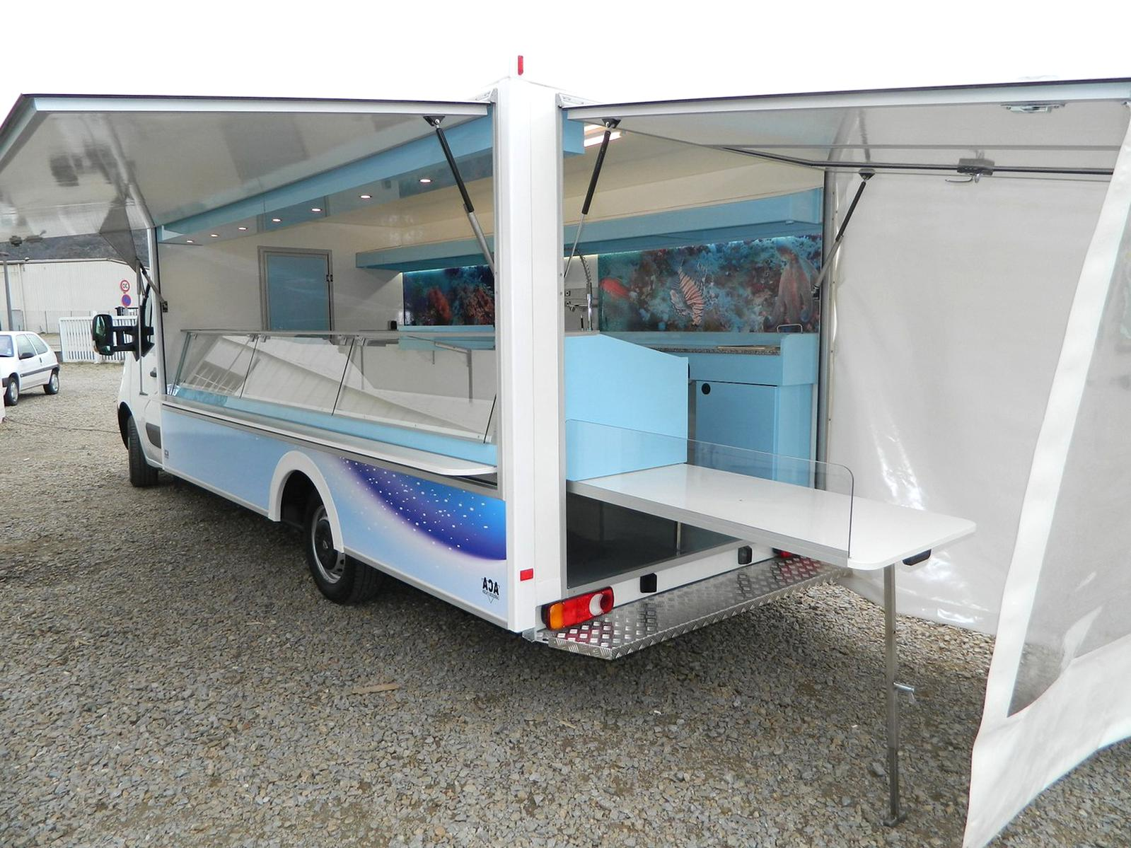 Camion Magasin Poissonnerie D Occasion