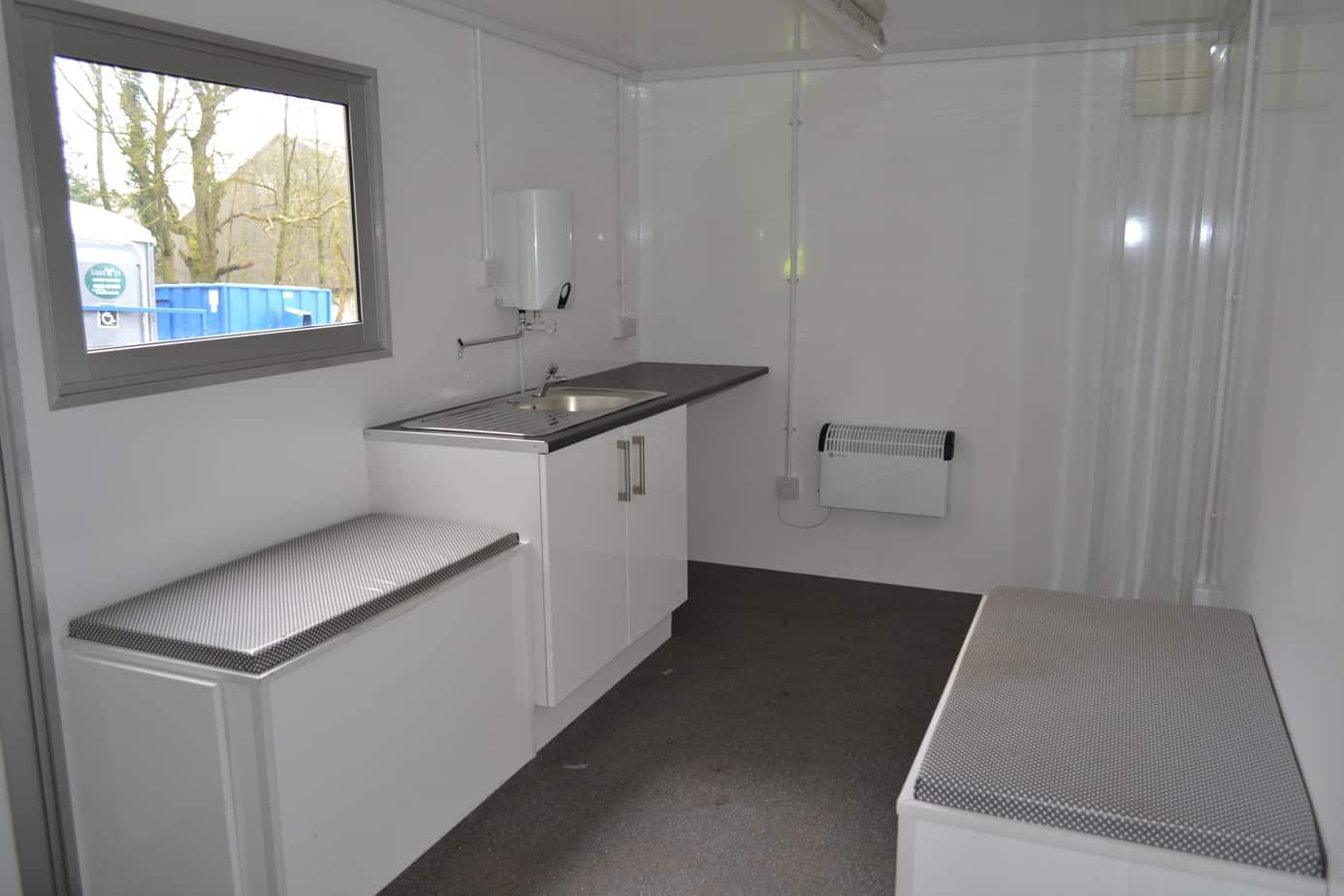 16ft wheeled cabins