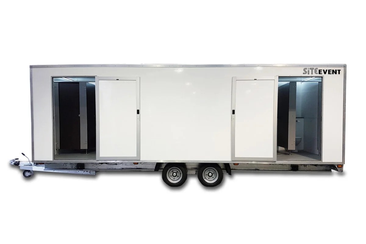9 bay shower trailer
