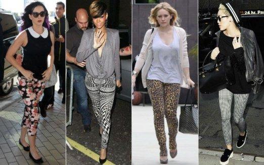 foto de mulheres usando leggins estampadas