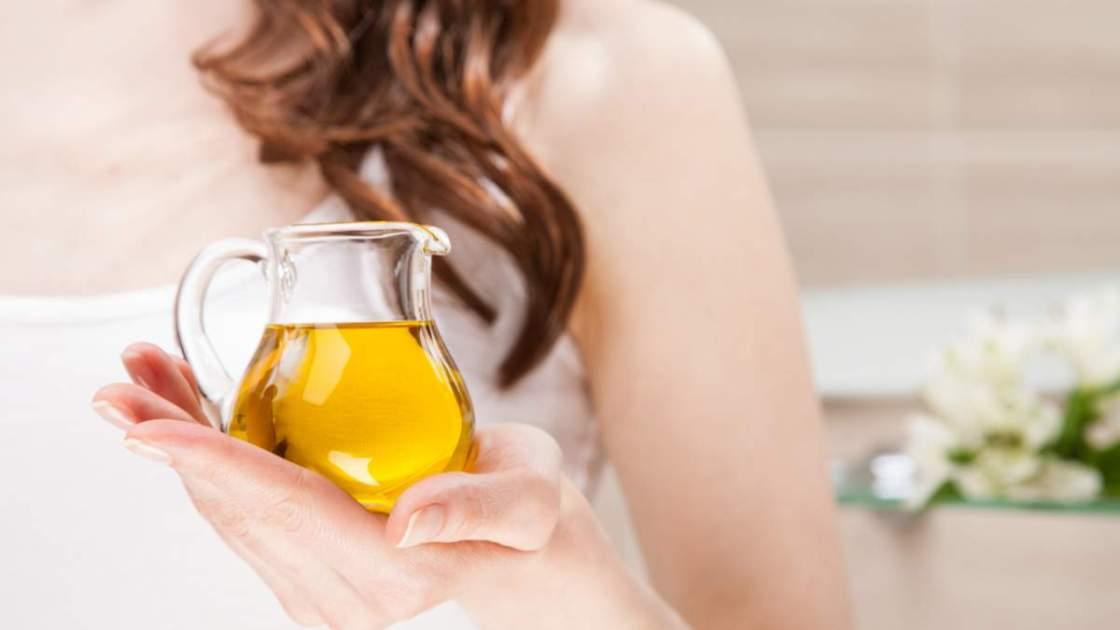 Azeite de oliva para olheiras