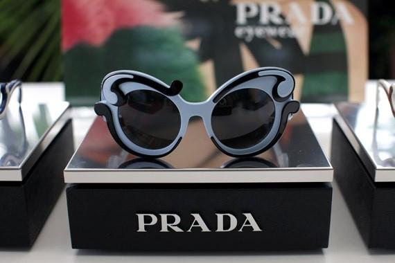 foto de óculos prada