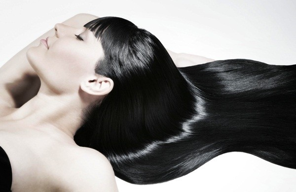 banho de brilho cabelo preto escuro