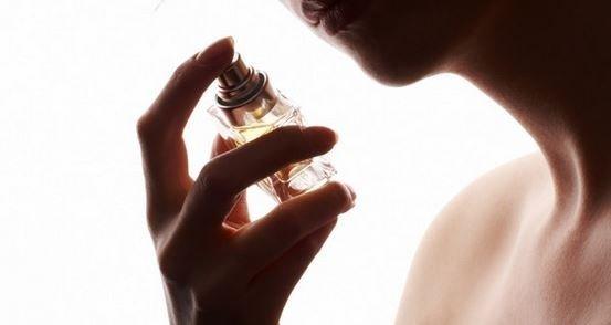 O jeito certo de usar perfume