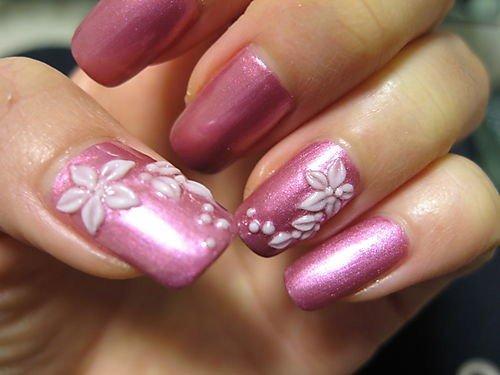 Tendências de unhas decoradas para debutante