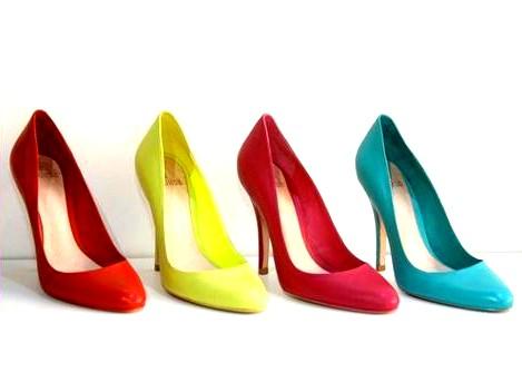 Scarpin é um dos calçados favoritos
