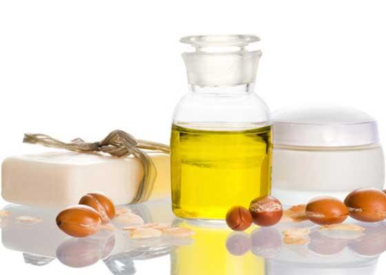 Benefícios do óleo de argan para a pele, cabelo e unhas
