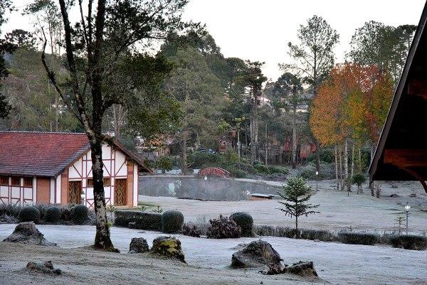 Monte Verde é uma das cidades para curtir o friozinho a dois