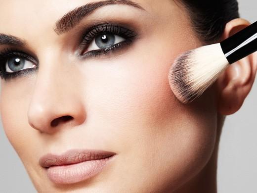 7 dicas para fazer uma maquiagem perfeita