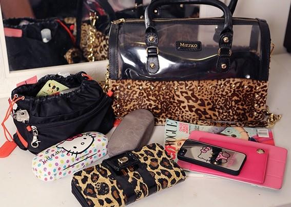 coisas que toda mulher deve ter dentro da bolsa