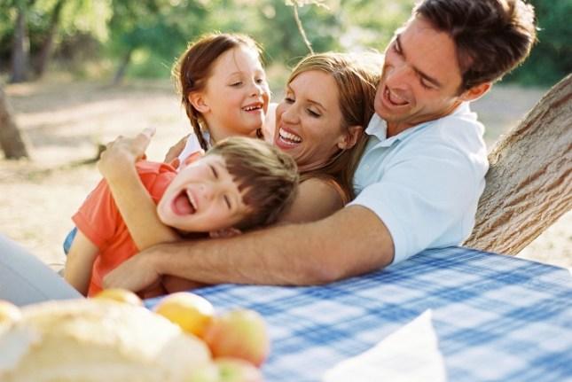família feliz no bom casamento