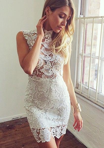 vestido de renda claro