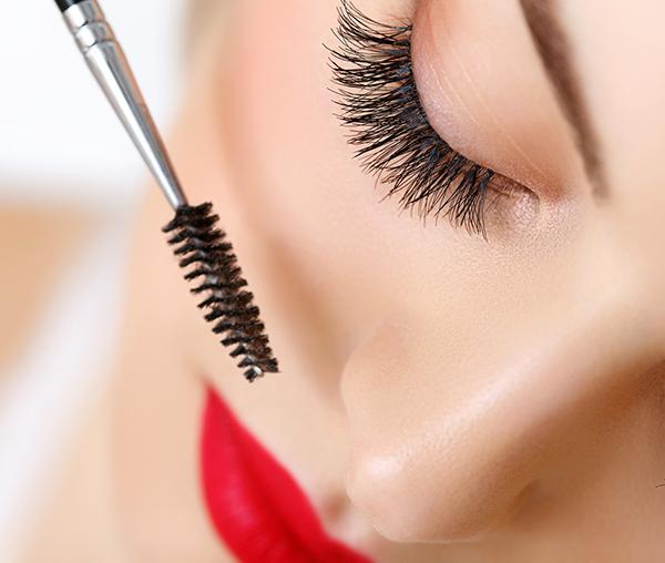 truques de maquiagem para quem tem olhos pequenos