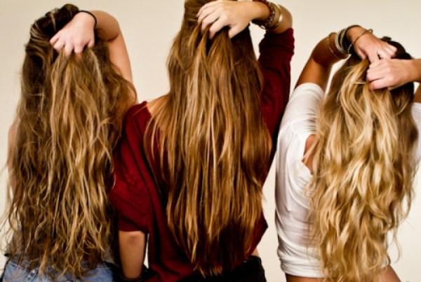 mulheres com cabelos longos