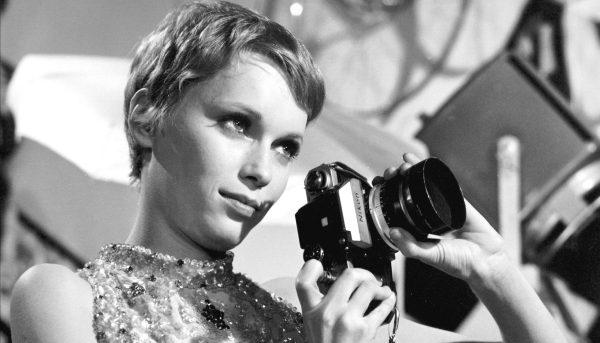 cabelo da atriz Mia Farrow