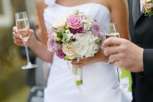 10 coisas para não fazer durante um brinde de casamento