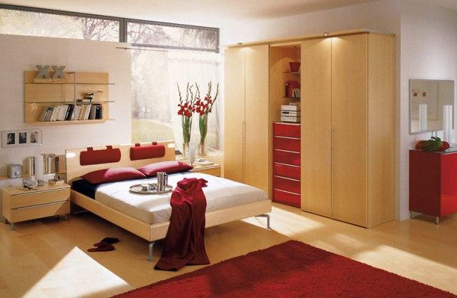 quarto decorado com a cor vermelha