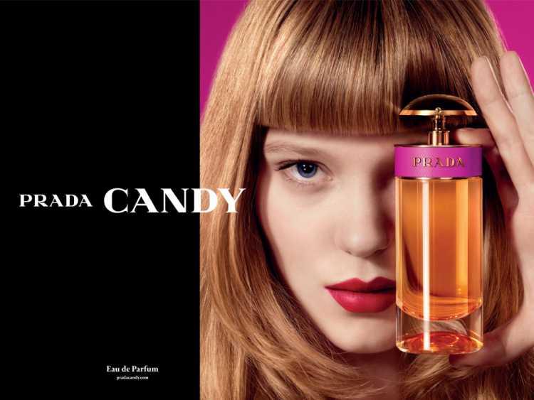 """Descrito por especialistas como """"instantaneamente sedutor,"""" Candy é um perfume com notas de caramelo, musk, baunilha e benjoim."""