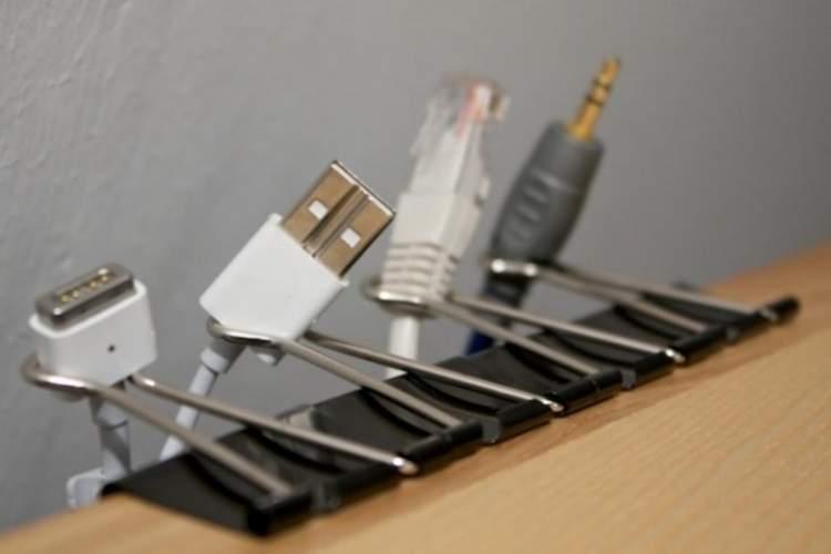 como organizar cabos de computador